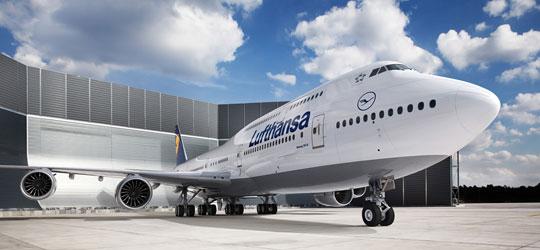 Lufthansa_B747-8